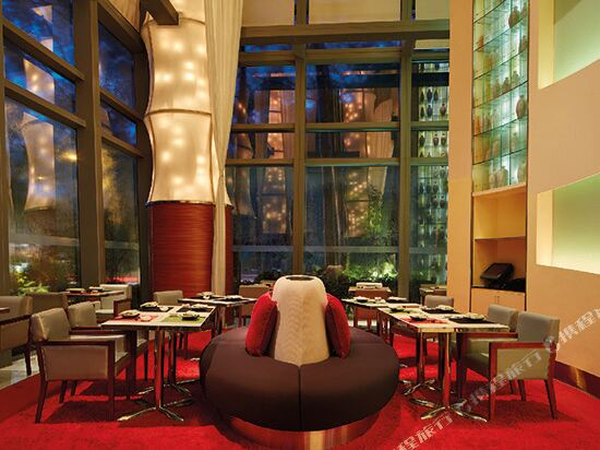 香港數碼港艾美酒店(Le Méridien Cyberport)大堂吧