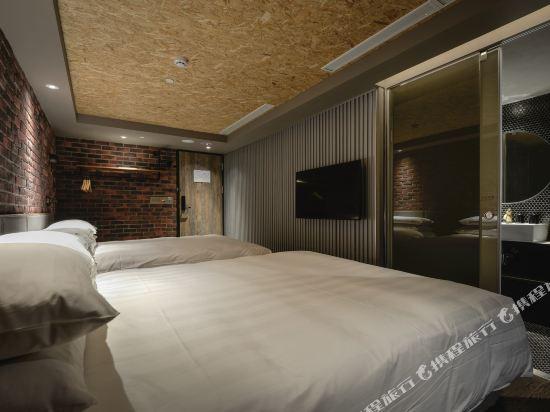 城市商旅(高雄駁二館)(City Suites Kaohsiung Pier2)標準家庭房(無窗)