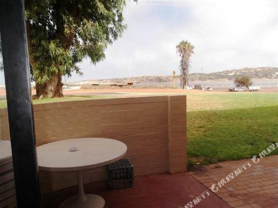 Kalbarri Beach Resort Unit 13 Hotel reviews Room rates and Booking