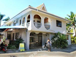 斐濟藍水小屋