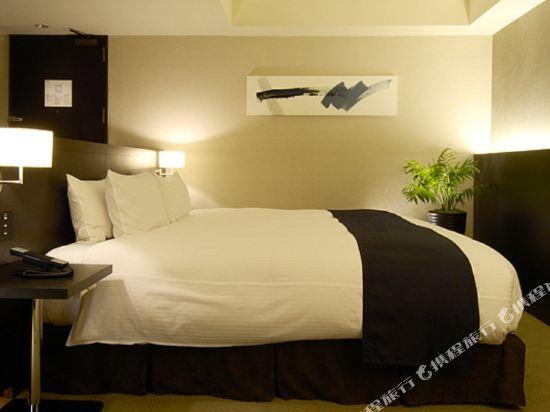 札幌格蘭大酒店(Sapporo Grand Hotel)東樓舒適豪華大床房