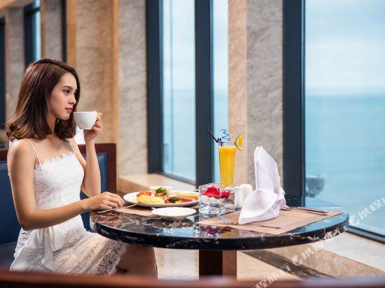 瑞亞茲阿爾塔拉套房(Altara Suites by Ri-Yaz)餐廳