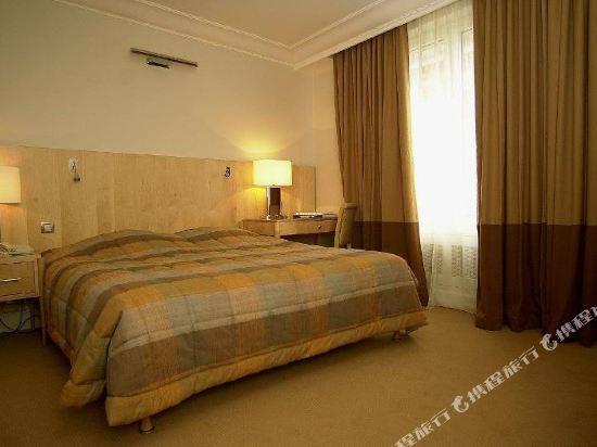 巴黎卡斯蒂尼奧那酒店(Hotel de Castiglione Paris)高級連通房