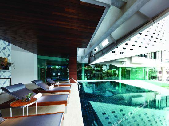曼谷利特酒店(LiT BANGKOK Hotel)室外游泳池