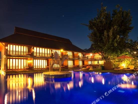 查亞度假村和温泉酒店