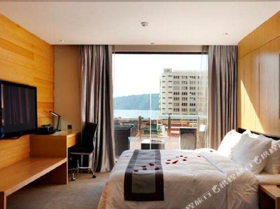 豪麗勝酒店(Horizon Hotel)至尊豪華套房(帶露台)
