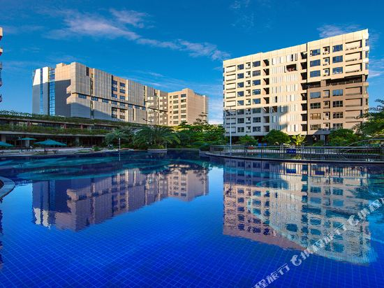 碧桂園空港鳳凰酒店(廣州新白雲機場店)(Country Garden Airport Phoenix Hotel (Guangzhou Baiyun Airport))室外游泳池