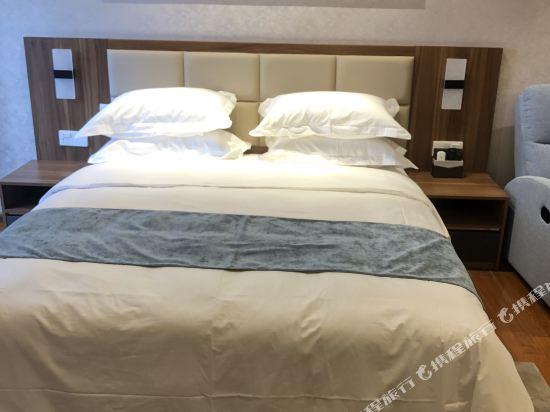 佛山雲谷酒店式公寓雲暉行政大床房