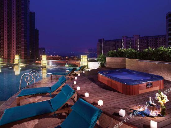 香港都會海逸酒店(Harbour Plaza Metropolis)室外游泳池