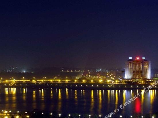 東莞石龍名冠金凱悅酒店(Gladden Hotel (Shilong Town))外觀