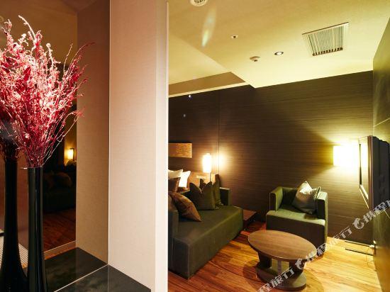 福岡天神UNIZO酒店(HOTEL UNIZO Fukuoka Tenjin)特大床房(帶Spa)