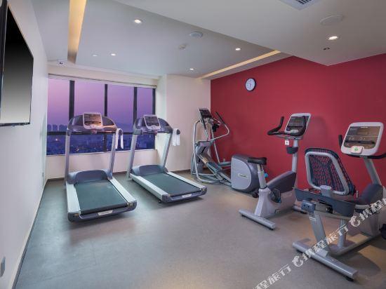 中山利和希爾頓花園酒店(Hilton Garden Inn (Zhongshan Lihe))健身房