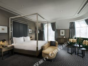 維也納廣場希爾頓酒店(Hilton Vienna Plaza)