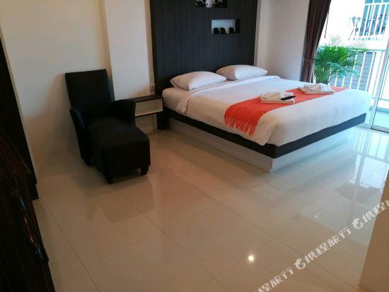 新北歐家庭酒店(Family Residence)三卧室閣樓套房