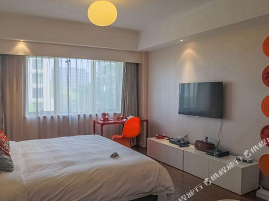 XY酒店公寓(北京金茂府店)(XY Apartment Hotel (Beijing Jinmaofu))智能科技大床房