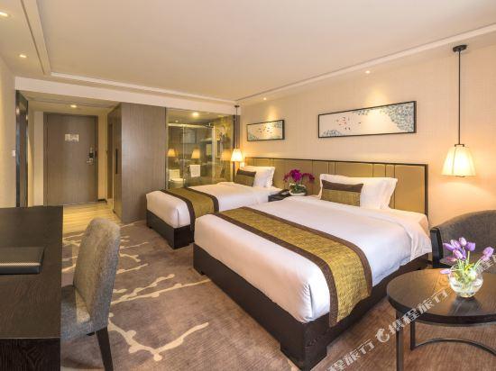 珠海鳳凰谷假日酒店(Phoenix Valley Holiday hotel)C座家庭房