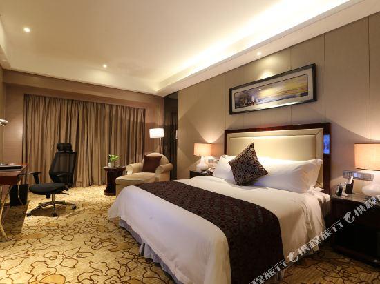 碧桂園空港鳳凰酒店(廣州新白雲機場店)(Country Garden Airport Phoenix Hotel)高級房