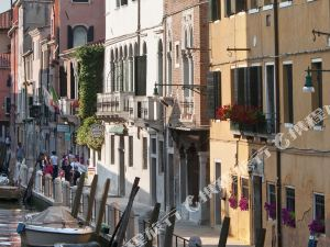 威尼斯便捷旅舍(Easy Hostel Venice)