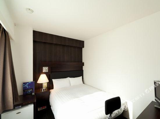 福岡博多站前陽光酒店(Hotel Sunline Fukuoka Hakata Ekimae)大床房
