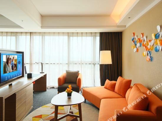 中山南朗希爾頓歡朋酒店(Hampton by Hilton Zhongshan Nanlang)商務套房