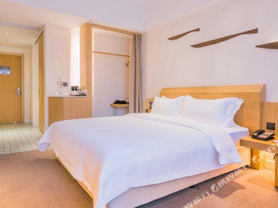 喜悅門酒店(佛山樂從傢俱城店)(Ceramik Hotel (Foshan Lecong Furniture City))零壓豪華大床房