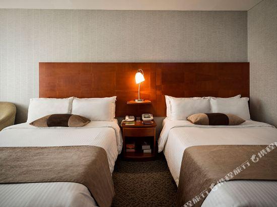 高利亞那酒店(Koreana Hotel)豪華家庭雙床房