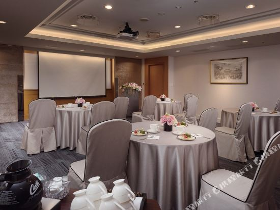高雄漢來大飯店(Grand Hi-Lai Hotel)精緻市景客房