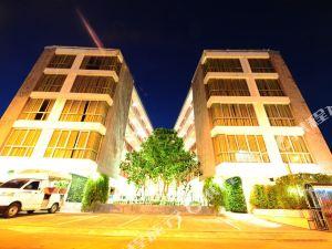 考山和平酒店(Peace Land Khaosan 公寓)