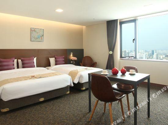 空中花園東大門金斯敦酒店(Hotel Skypark Kingstown Dongdaemun)公寓豪華房