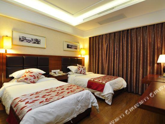 昆明荷泰花園酒店(Herton Garden Hotel)家庭房(副樓)