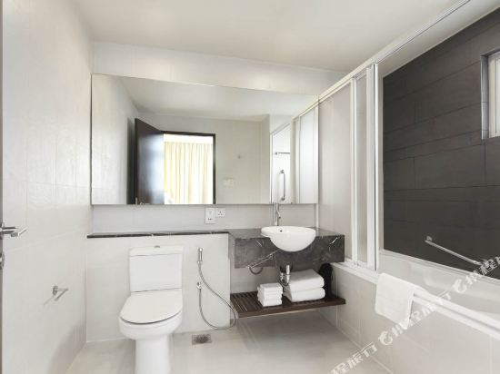 吉隆坡泛太平洋賓樂雅服務公寓(Parkroyal Serviced Suites Kuala Lumpur)Master Bedroom Bathroom_Revised