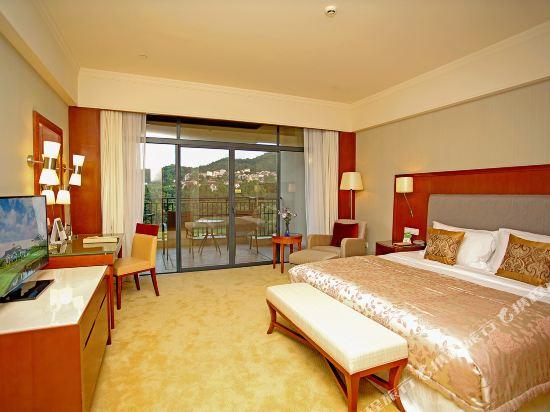 中山雅居樂長江酒店(Agile Changjiang Hotel)高爾夫景觀豪華套房