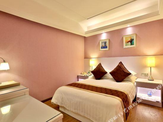 杭州瑞萊克斯大酒店(Relax Hotel)精緻大床房(無窗)