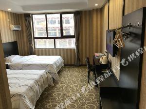 理塘都市118酒店