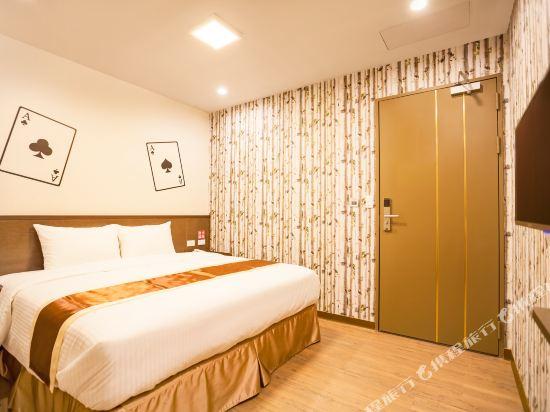 台中撲克商旅(A Ace Hotel)經濟大床房(無窗)