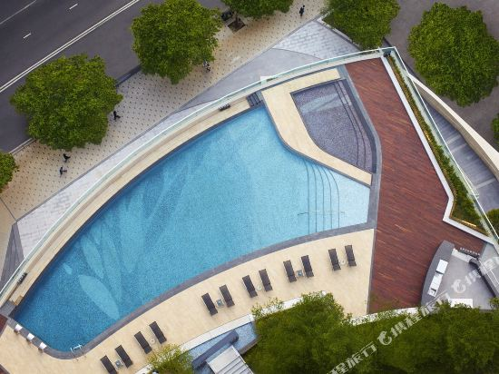 香港沙田萬怡酒店(Courtyard by Marriott Hong Kong Sha Tin)室外游泳池
