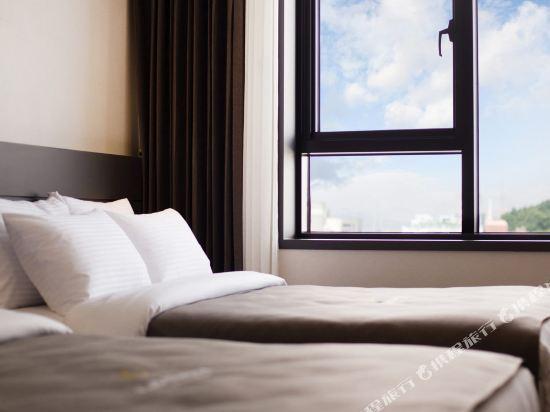 GnB酒店(GNB Hotel)家庭三人房