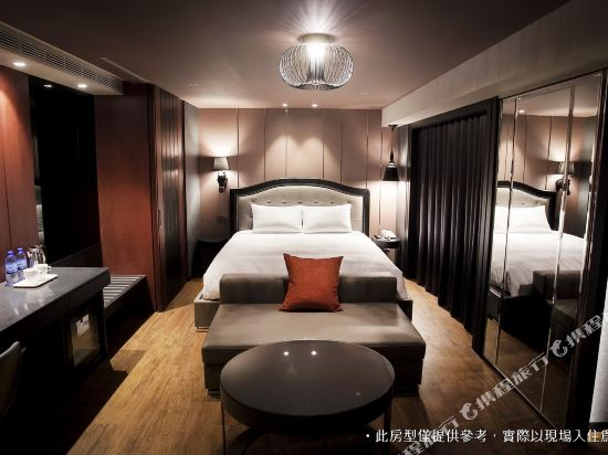 御宿商旅(高雄明華館)(Royal Group Hotel Ming Hua Branch)豪華雙人房