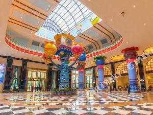 [3人双园游] 广州长隆熊猫酒店1晚+3张大马戏票+3张其他景区门票(可选动物世界/欢乐世界/水上乐园)【度假区内 亲子主题】
