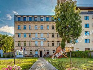 里加索納達公寓式酒店