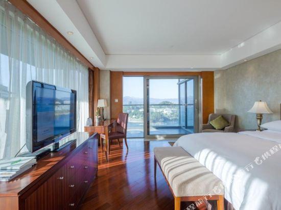 千島湖綠城度假酒店(1000 Island Lake Greentown Resort Hotel)湖景高級套房