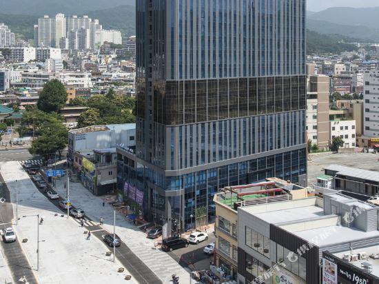 釜山海雲台温德姆華美達安可酒店(Ramada Encore by Wyndham Busan Haeundae)外觀