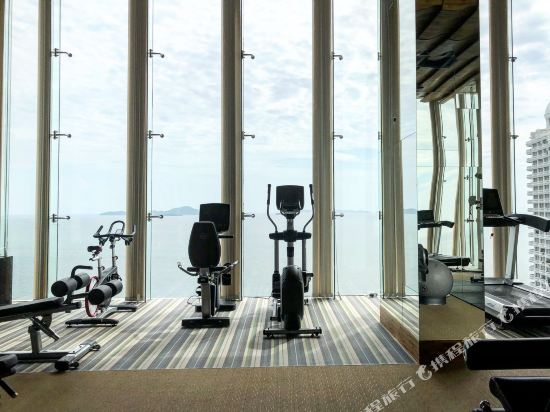 阿縵芭提雅天空之城公寓式酒店(Among Riviera City of Sky Pattaya)健身房