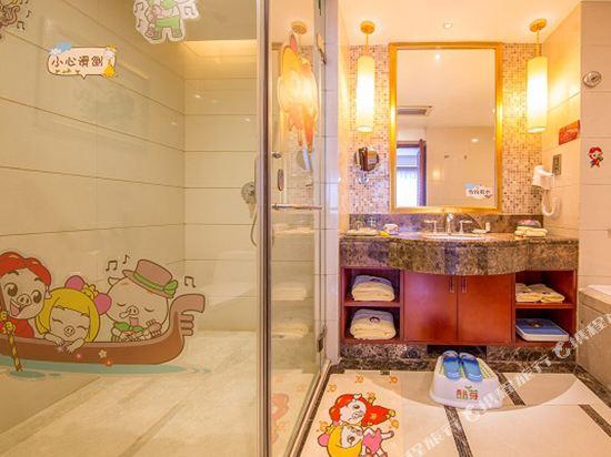 三正半山酒店(東莞橋頭店)(Goodview Hotel (Dongguan Qiaotou))豬豬俠酷芽園景區親子套房