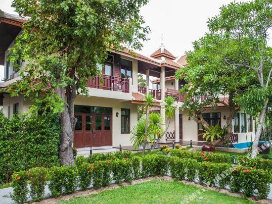 阿查維拉度假別墅(Achawalai Residence Village)豪華六卧室花園別墅