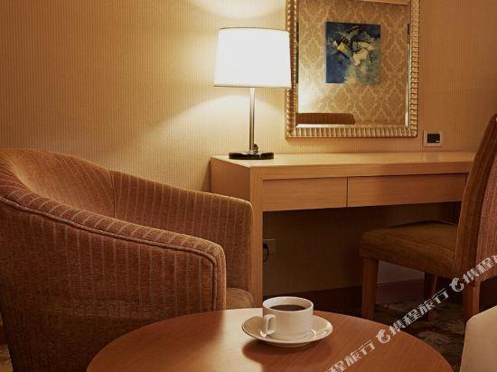 高雄義大天悅飯店(E-Da Skylark Hotel)温馨家庭房