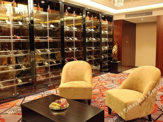 佛山富林朗悅酒店(Longyatt Hotel)大堂吧