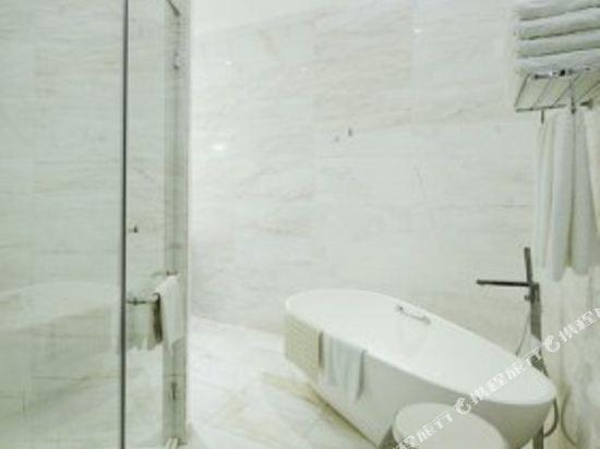 太平洋麗晶套房酒店(Pacific Regency Hotel Suites)麗晶精緻套房