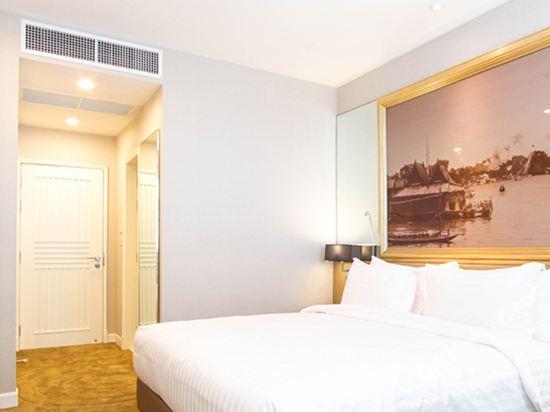 隆齊中間點大酒店(Grande Centre Point Hotel Ploenchit)頂層房