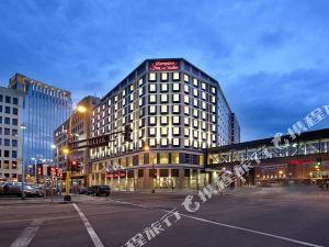 歡朋賓館及套房酒店 -明尼阿波利斯/市中心(Hampton Inn & Suites - Minneapolis/Downtown)